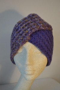 Knitted hat turban style (purple)