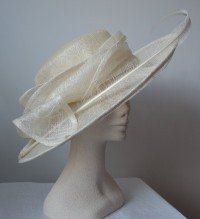 Cream Figured Upturned Brim Picture Hat