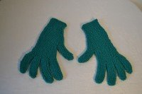 Knitted gloves (emerald green)