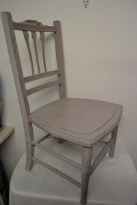 Painted Chair (Shabby chic chalk)