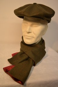 Men's cashmere baker boy cap and matching scarf